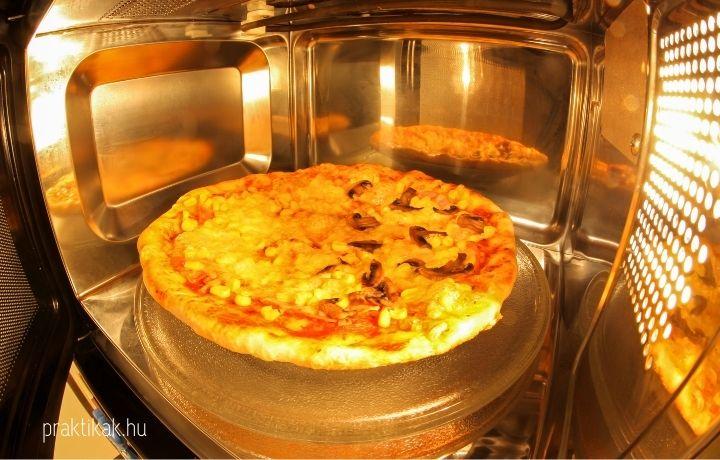 fagyasztott pizza sütése mikróban